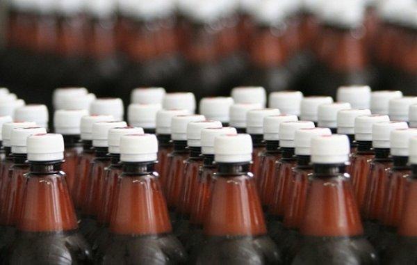 В Казахстане отменен запрет на продажу пива в пластиковых бутылках